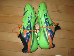 Souliers soccer avec crampons Diadora