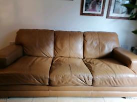 Sofa dfs 2 x 3 seater