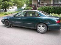 1998 Buick Century Berline pour aller à l'école ou se promener !