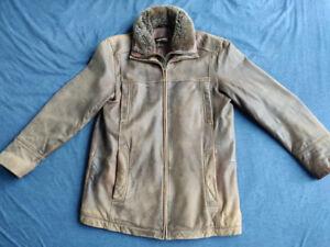 Danier Men's Leather Jacket (Medium Size)