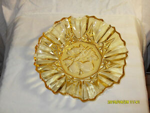Vintage Carnival Amber Glass Fruit Bowl Dish