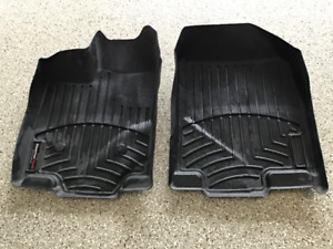 NEW,NEW PRICE-$30 OBO-WEATHERTECH  MATS FOR LINCOLN OR EDGE
