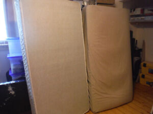 Single bed mattress and frame