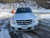 2010 Mercedes GLK Premium Pkg,  PRICED TO SELL!