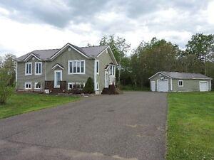 Belle maison à vendre à Tracadie coin tranquille