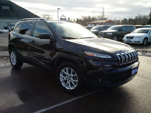 2014 Jeep Cherokee North 4x4, 1 owner clean with clean history London Ontario image 7
