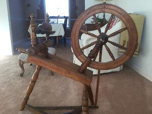 Antique Spinning Wheel, Canadiana.  EXCELLENT PRICE Peterborough Peterborough Area image 1