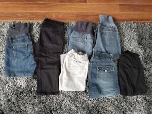 Jeans, capris, leggings de maternité taille medium