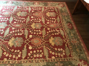 8' x 10' Pottery Barn Rug for Sale