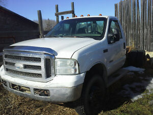 for sale 2004 F- 550 4x4 CAB & CHASS