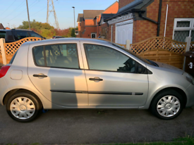 1.6 automatic renult clio for sale