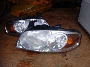 Phares pour Nissan Sentra 2004-2006
