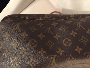 Louis Vuitton Neverfull MM Windsor Region Ontario image 4