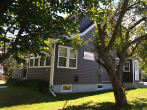 BEAUTIFUL RENOVATED 3 BR HOME AVAILABLE NOVEMBER