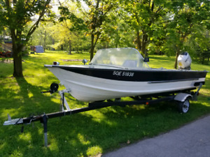 16ft Starcraft Aluminum Boat motor and trailer