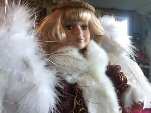 3 Beautiful Christmas Angels $35 West Island Greater Montréal image 2