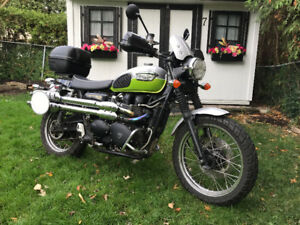 2007 Triumph Scrambler -- thousands in accessories