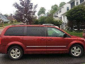 2008 Dodge Grand Caravan red Minivan, Van