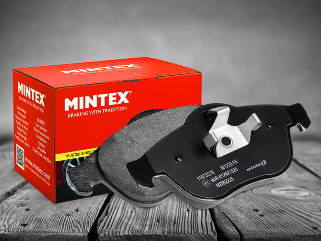 NEW MINTEX - FRONT - BRAKE PADS SET - MDB3106 - FREE NEXT DAY DELIVERY