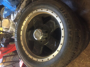 285/50R20 M&S tires and rims