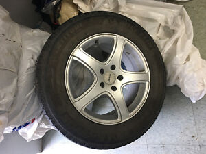 235/65 R17, 4 MICHELIN LATITUDE winter tires with mags