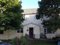 Clean, Lrg, Dignified, Priv, One-Bedroom Apt in Preferred Area
