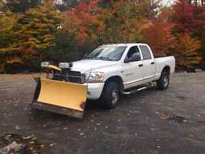 2006 Dodge 2500 with Plow