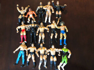 26 WWE WRESTLING ACTION FIGURES REMAIN, LJN, TITAN ETC