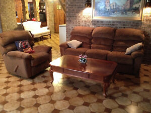 Sofa et Fauteuil Inclinable *** Recliner and Couch