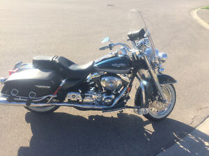 02 Harley Road King low kms
