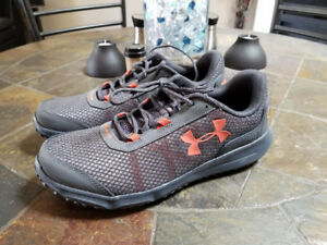 "Men's Under Armour Toccoa 4"" Hiking Shoes Size 10.5 **NEW**"