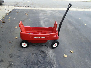 Wagon for children (Radio Flyer) West Island Greater Montréal image 2