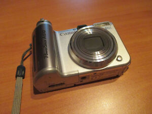 Canon PowerShot camera includes case Kitchener / Waterloo Kitchener Area image 1