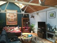 Double room - Live/work Warehouse - homely/quirky