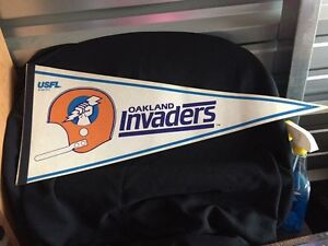 "30""L Oakland Invaders pennant"