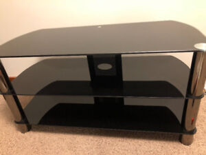 TV Stand (Glass) - $75 (Chilliwack)