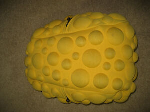 MAD PAX BUBBLE BACK PACK YELLOW