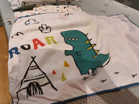 Dinosaur kids bedding set