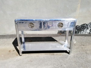 Aviator aluminium dresser commode en metal aviateur