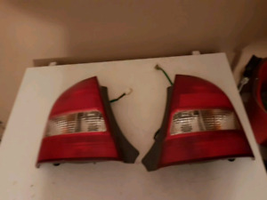 Selling a set of Mercedes Benz rear tail lights