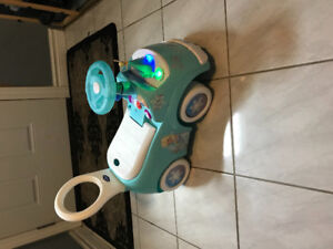 Frozen- Riding toy