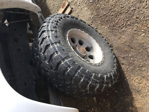 37 x 13.5 r 17t NEED GONE new price