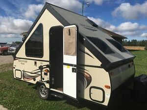 2015 ROCKWOOD PREMIER A122 POP UP TRAVEL TRAILER