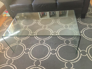 Structube buy or sell coffee tables in toronto gta kijiji classifieds One piece glass coffee table