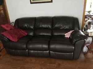 Electric dual reclining couch