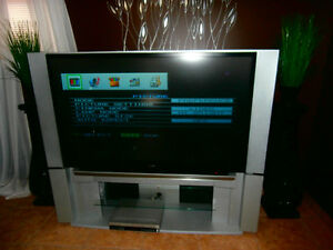 Toshiba 62 Inch Projection HDTV & DVD/VCR Combo