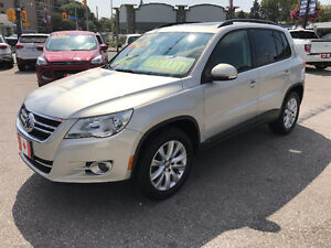 2009 Volkswagen TIGUAN 2.0T 4MOTION AWD...LOW KMS...MINT