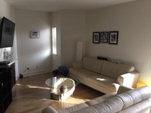 Spacious modern 2 bedroom condo -June 15