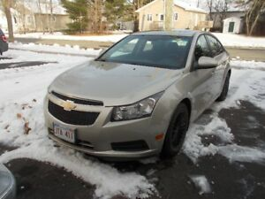 2013 Chevrolet Cruze lt Sedan call 447-8035