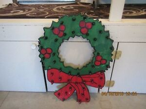 BEAUTIFUL HANDMADE OUTDOOR CHRISTMAS WREATHS....!